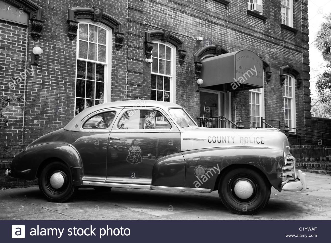 Antique Police Car, Downtown Savannah Police Station, Georgia - Stock Image