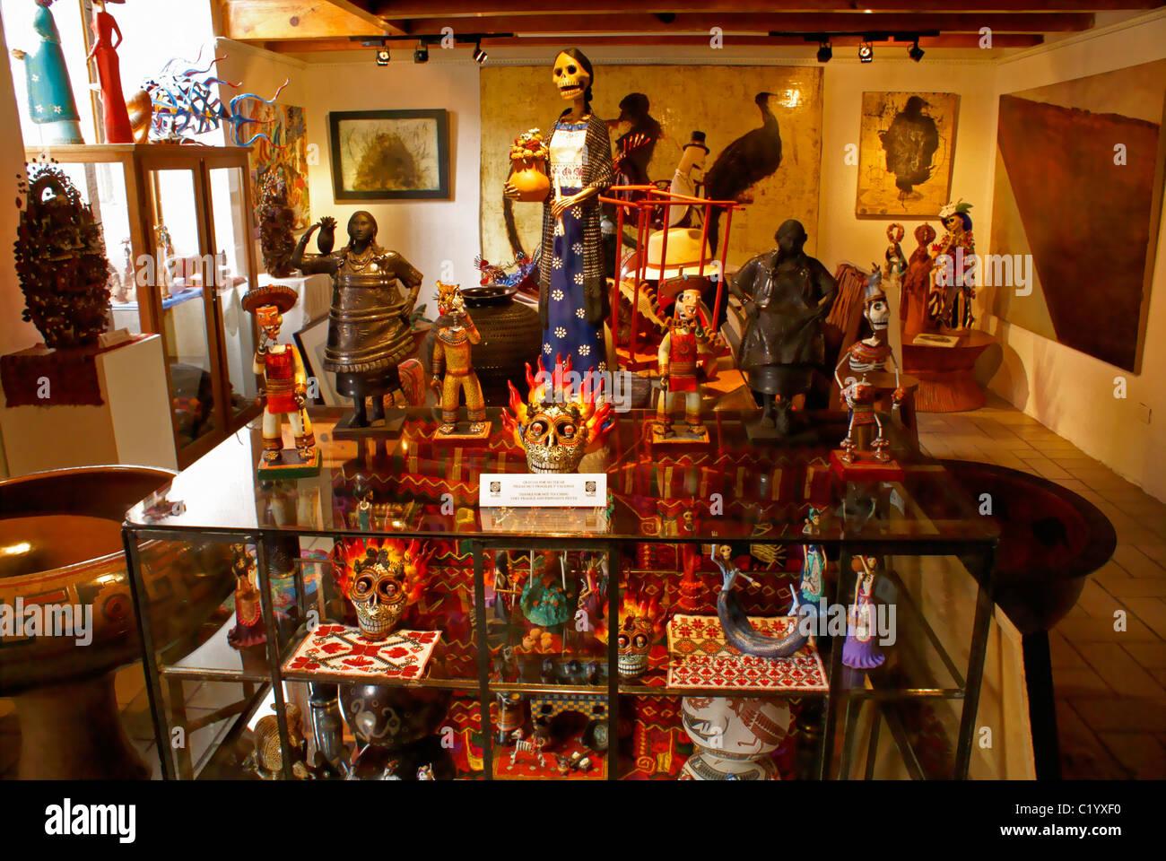 Interior of a high-end Mexican folk art in a gallery in San Miguel de Allende, Guanajuato, Mexico - Stock Image