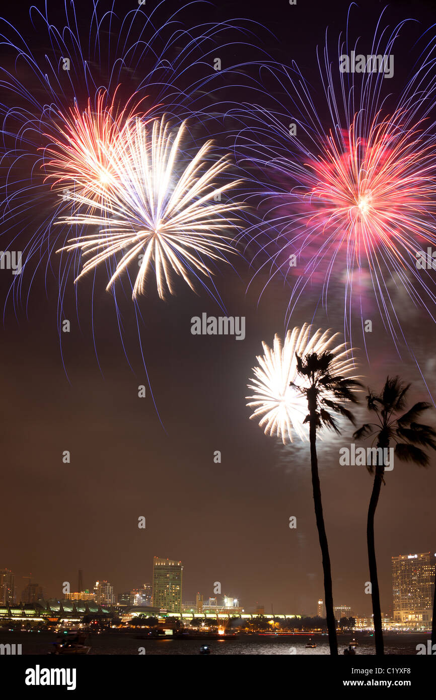 FIREWORKS above the San Diego Bay to celebrate the 4th of July (Independence Day). California, USA. - Stock Image