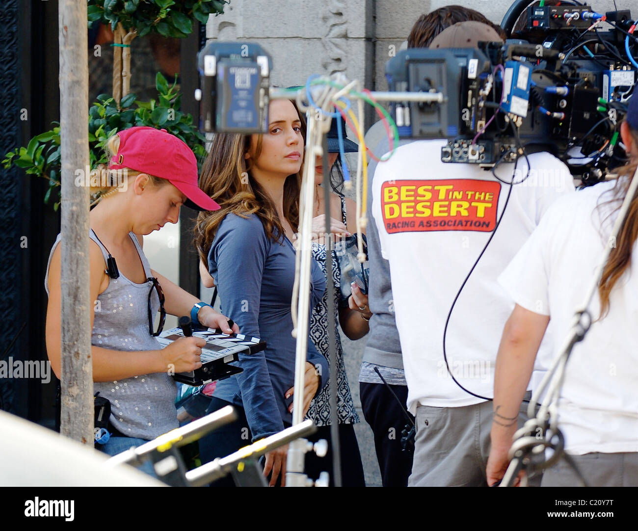 Eliza Dushku Filming Downtown In Los Angeles For Her Tv Series Stock