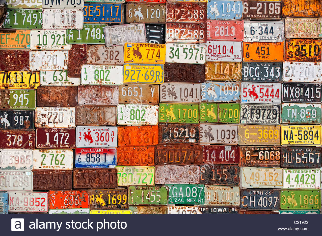 Old License Plates on Barn, Idaho Stock Photo: 35679114 - Alamy