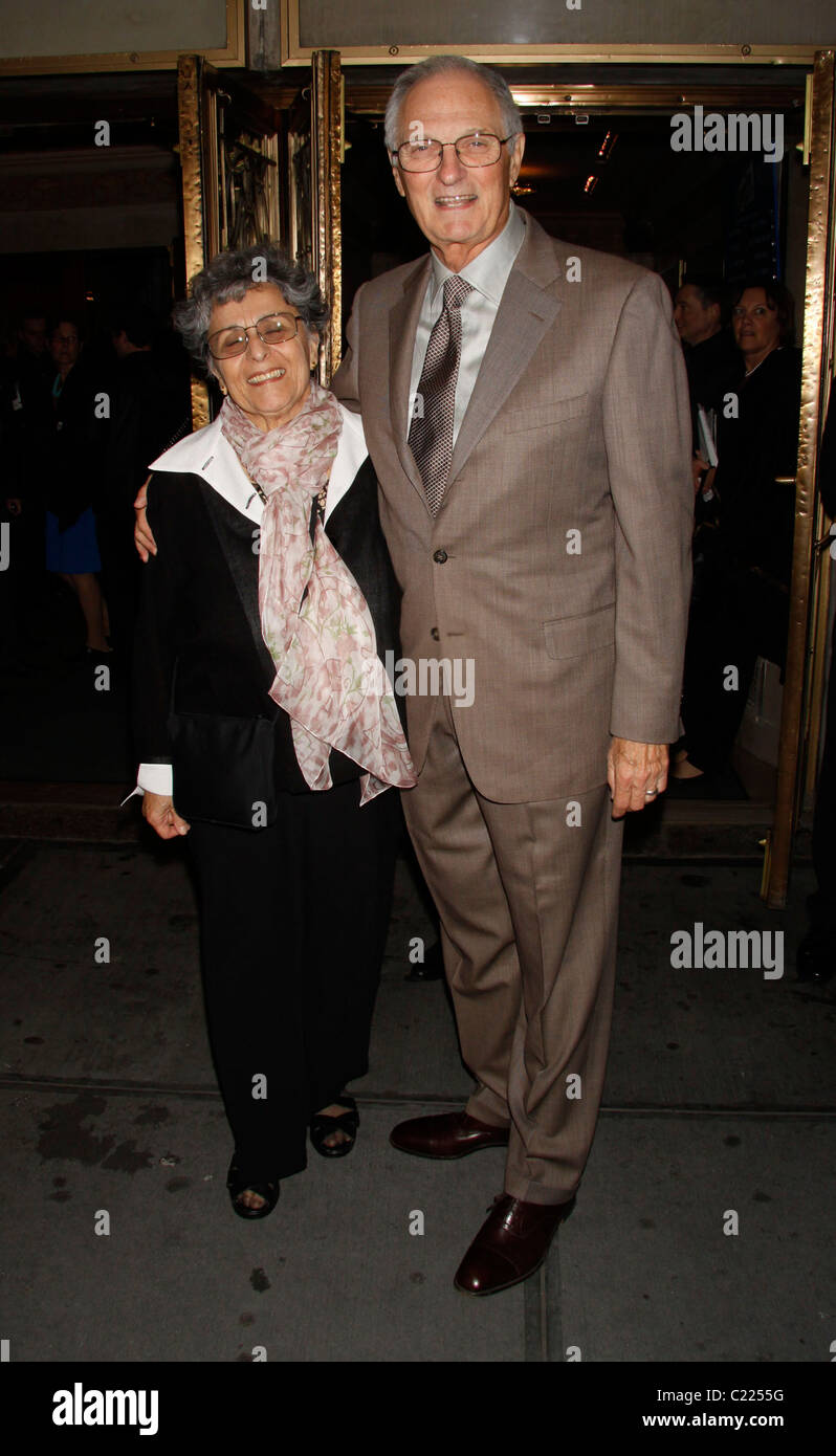 Alan Alda and his wife Arlene ...