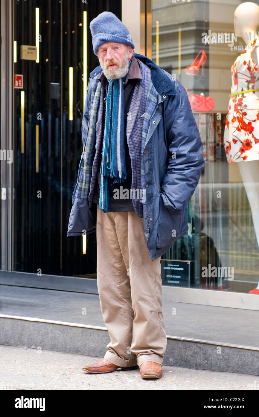 ce6bd5bdc705 Scruffy Old Man Stock Photos   Scruffy Old Man Stock Images - Alamy