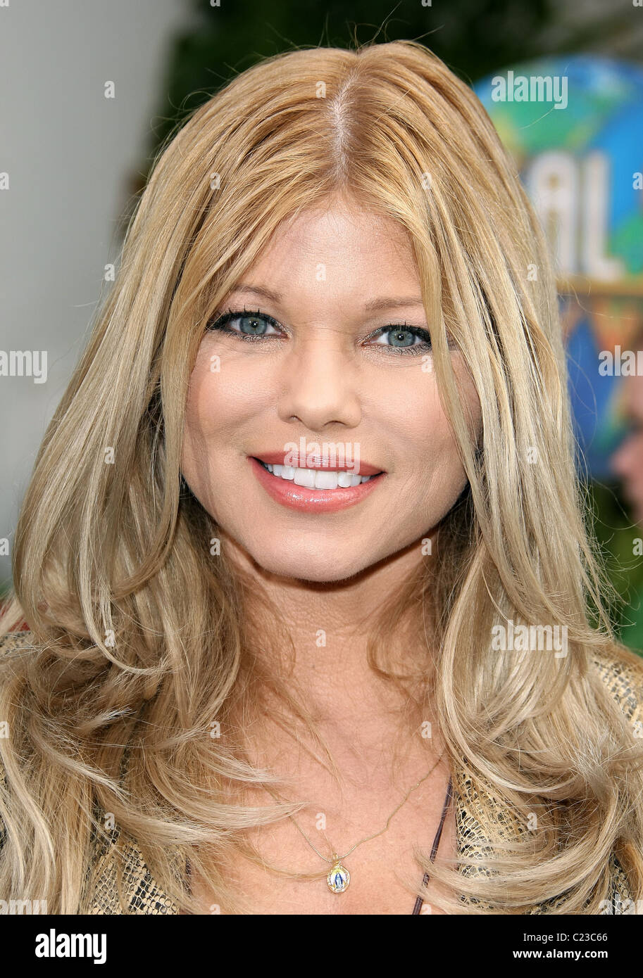 DONNA D'ERRICO HOP. WORLD PREMIERE UNIVERSAL PICTURES UNIVERSAL CITY CALIFORNIA USA 27 March 2011 Stock Photo