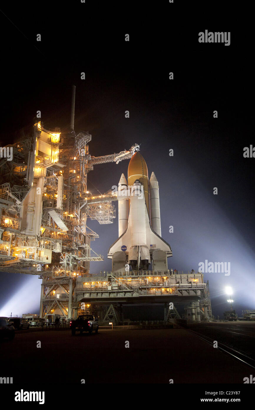 Launch STS-133 At NASA's Kennedy Space Center in Florida, space shuttle Discovery at launch pad - Stock Image