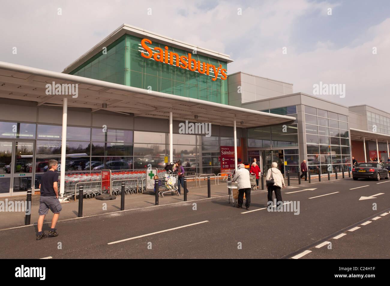 Sainsburys supermarket at Longwater Retail Park in Norwich ...