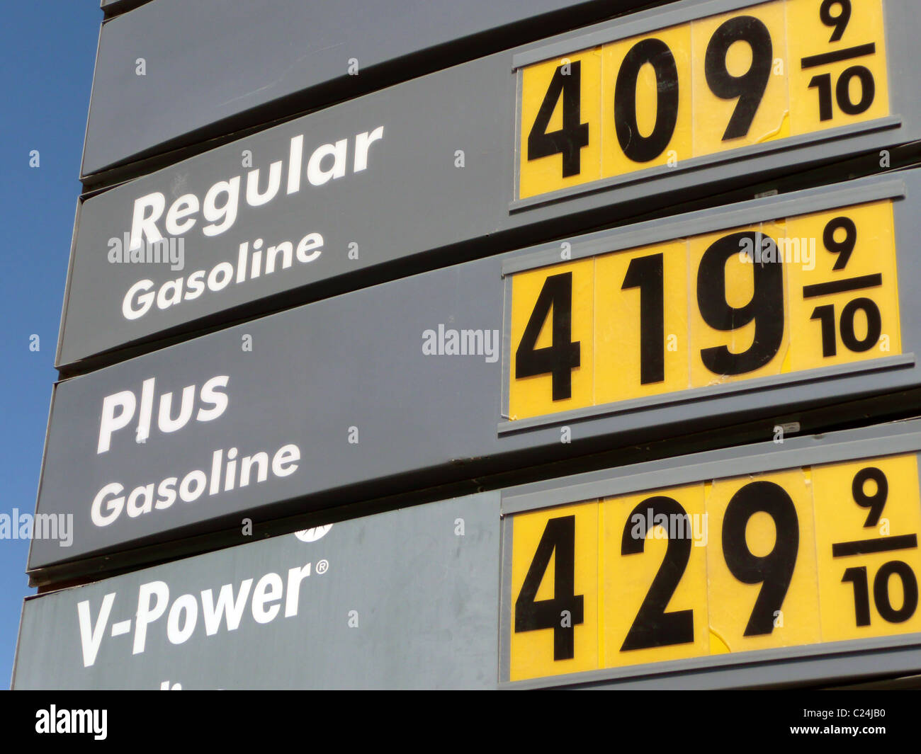 Shell gas station sign showing gasoline prices over $4 per gallon, San Francisco, California - Stock Image
