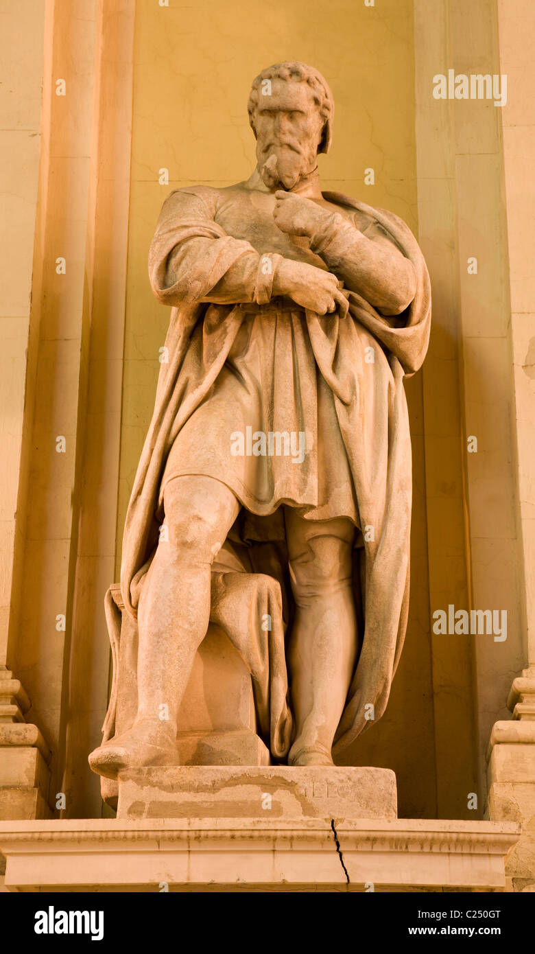 Vienna - Michelangelo statue from art museum palace - night Stock Photo
