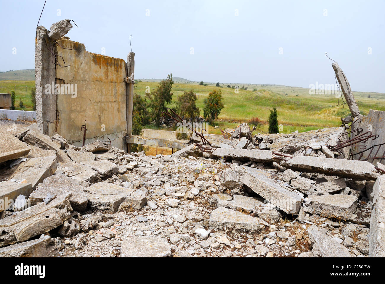 The thrown buildings in the demilitarised zone on the Syrian-Israeli border - Stock Image