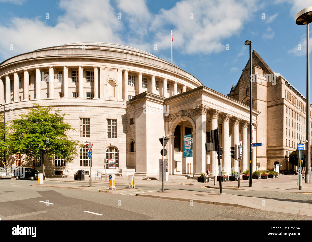 Central library and Town Hall, Manchester, England, UK - Stock Image