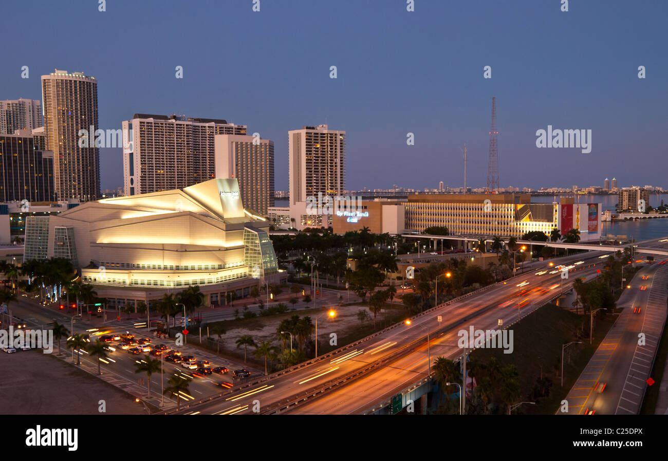 Traffic surrounding the Adrienne Arsht Center for the Performing Arts in Miami, Florida, USA - Stock Image