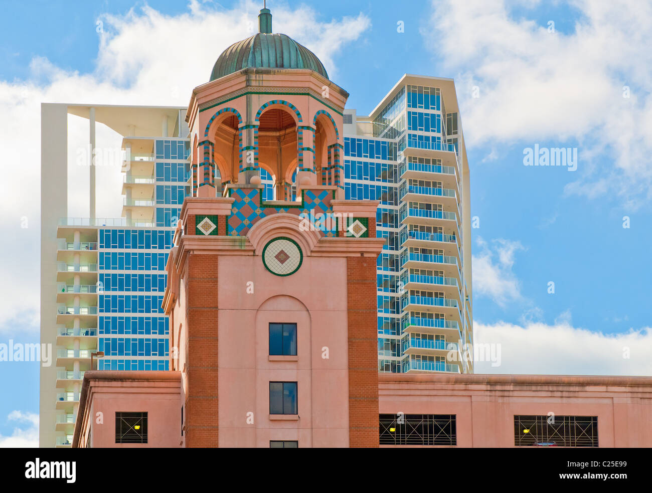 100 Bay Central and Signature Place are two architecturally diverse buildings in downtown St. Petersburg, Florida - Stock Image
