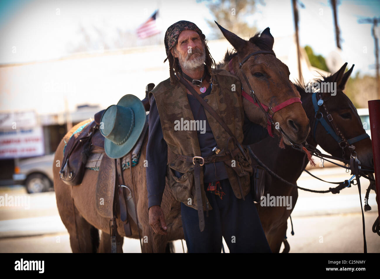 A Slabber, one of the eccentric residents of Slab City in the desert outside Niland, CA. - Stock Image