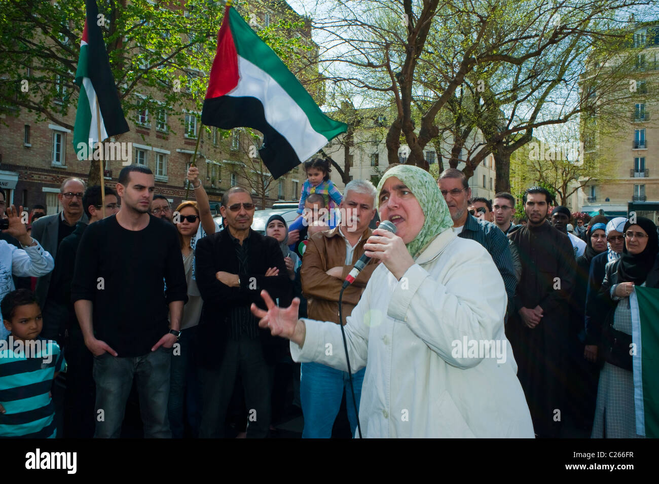 Paris, France, Muslim Veiled Woman with Hijab, headscarf,  Demonstrating Against Islamophobia, Speaking to Crowd - Stock Image