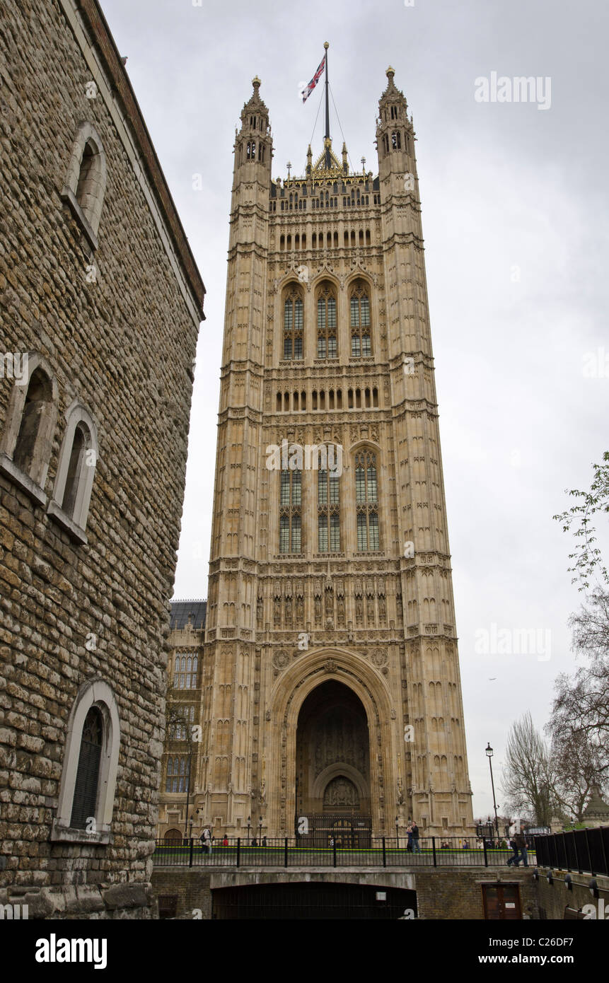 Victoria Tower Palace of Westminster with the jewel Tower to left - Stock Image