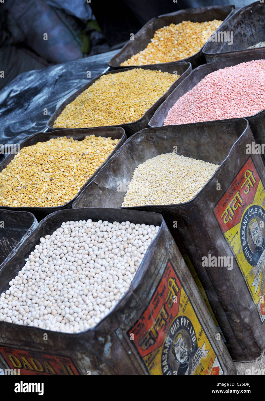 Tins of seeds/spices on a stall, Agra, India - Stock Image