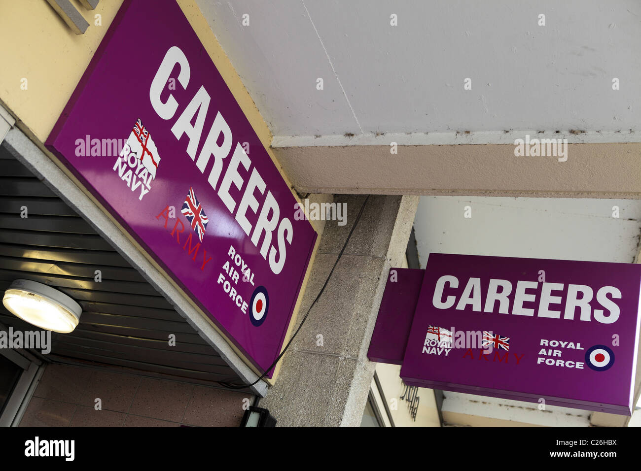Careers Office for the British Armed forces. - Stock Image