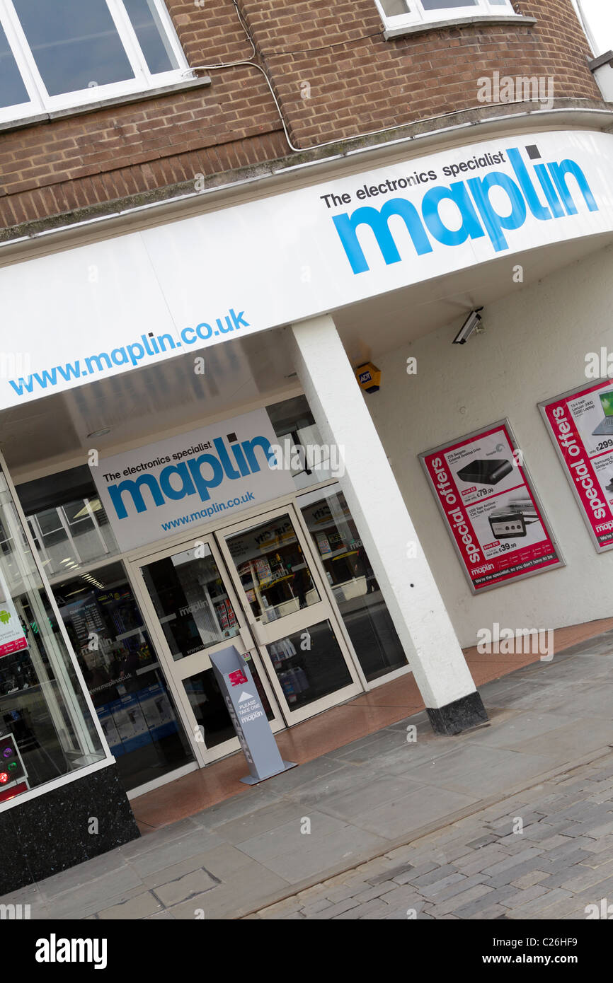 MAPLIN,popular high street electronics specialist retailers, their Shrewsbury branch is viewed here at an slight - Stock Image