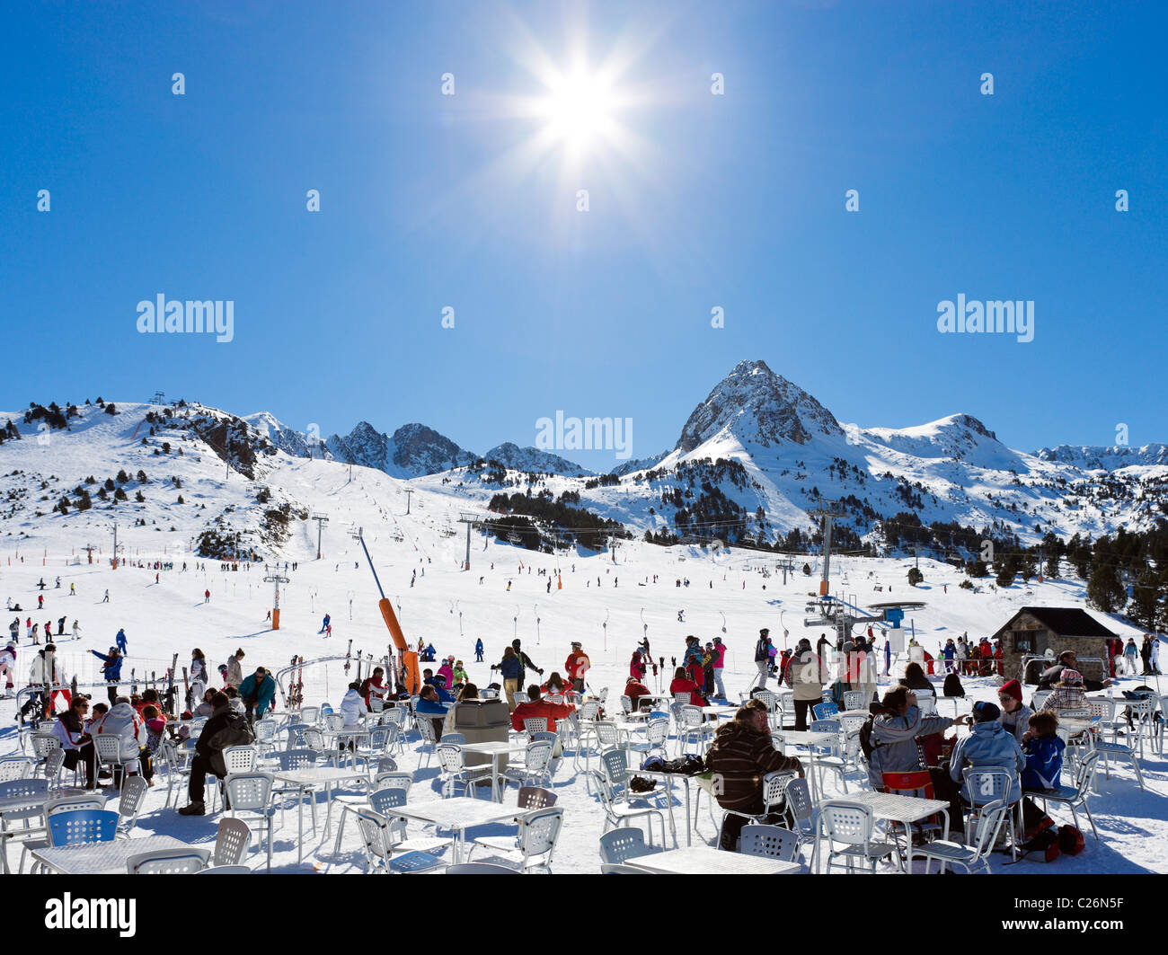 Cafe at the bottom of the slopes at Grau Roig, Pas de la Casa, Grandvalira Ski Area, Andorra - Stock Image