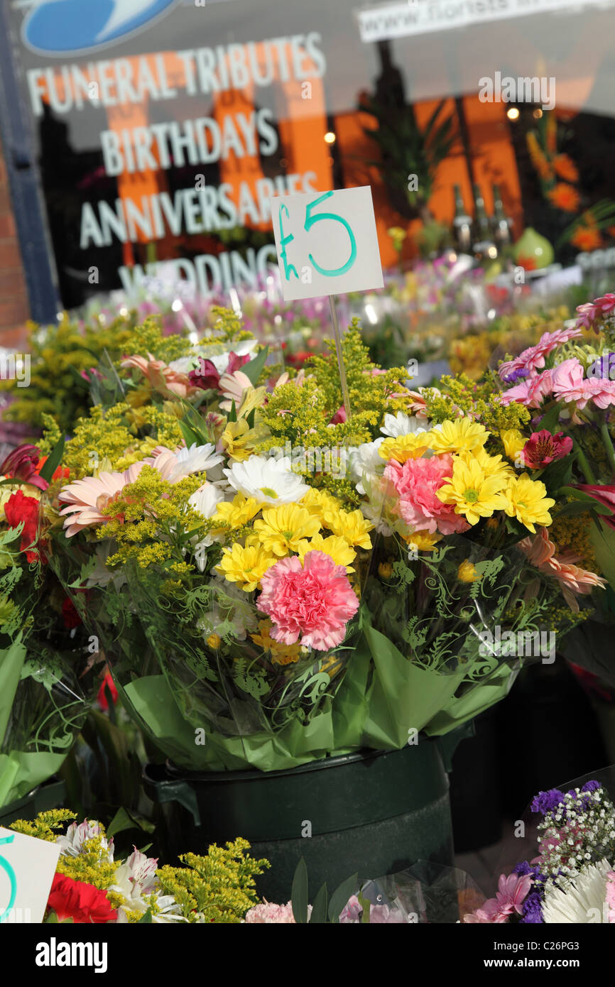 Flowers For Sale At A Florist In The Uk Stock Photo 35799459 Alamy