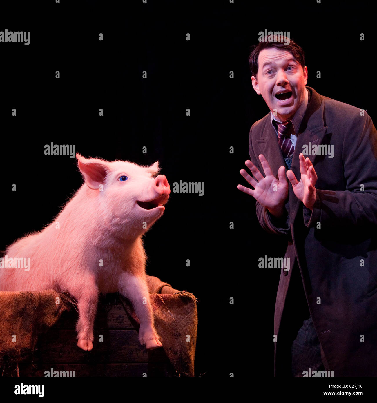 Reece Shearsmith in the musical comedy Betty Blue Eyes at the Novello Theatre - Stock Image