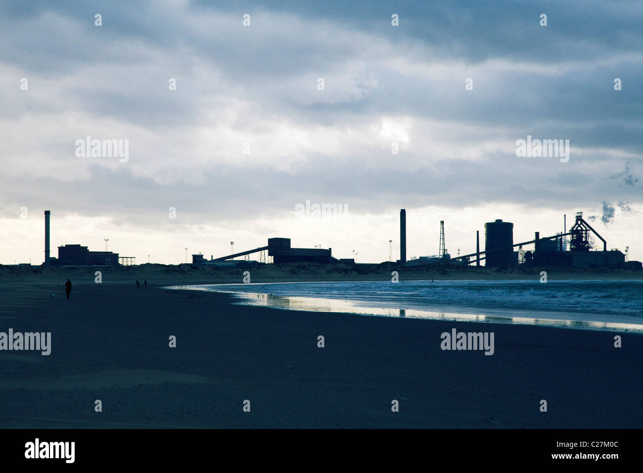 Redcar steelworks and beach - Stock Image
