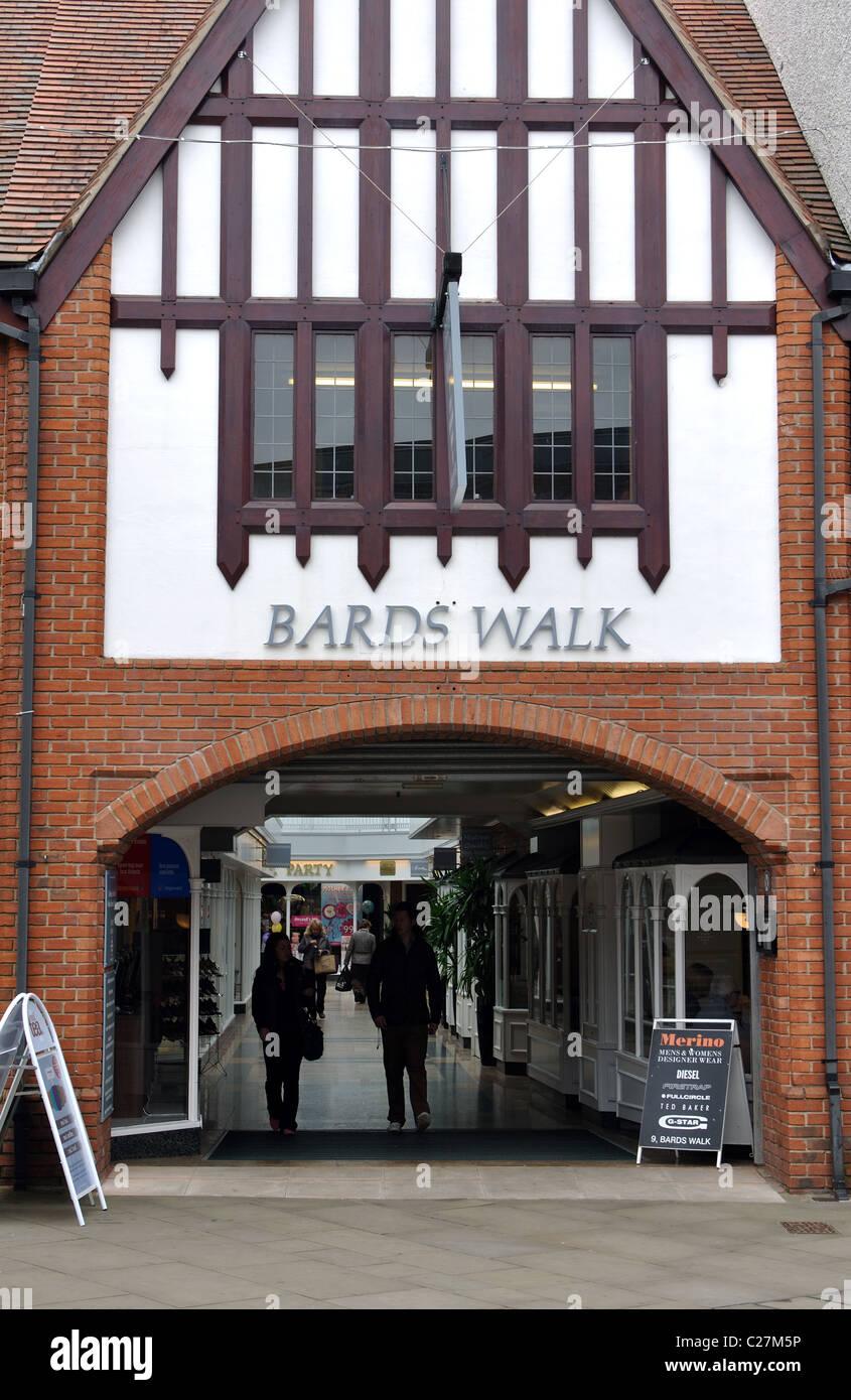 Bards Walk shopping precinct, Stratford-upon-Avon, Warwickshire, UK - Stock Image