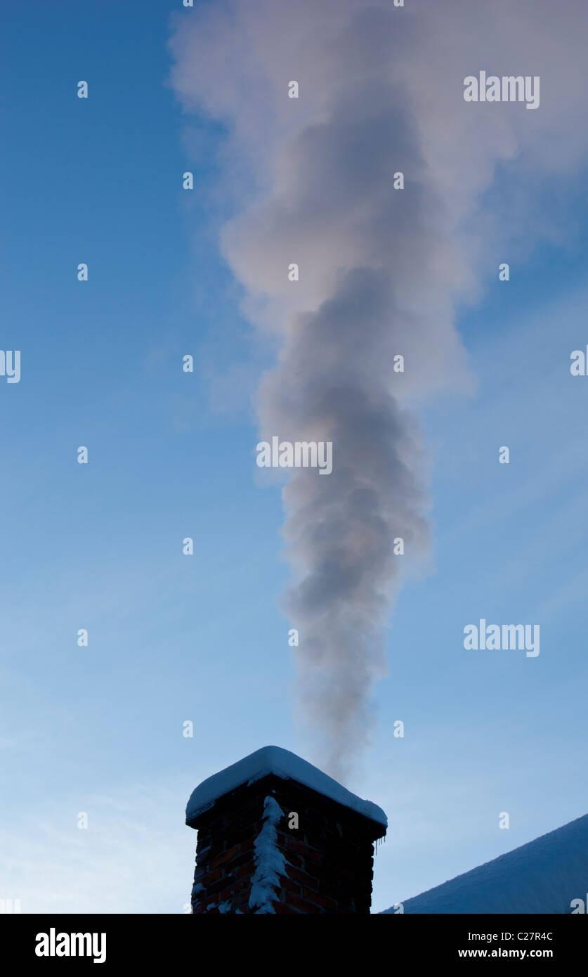 Smoke Emitting From Smokestack Stock Photos & Smoke Emitting From ...