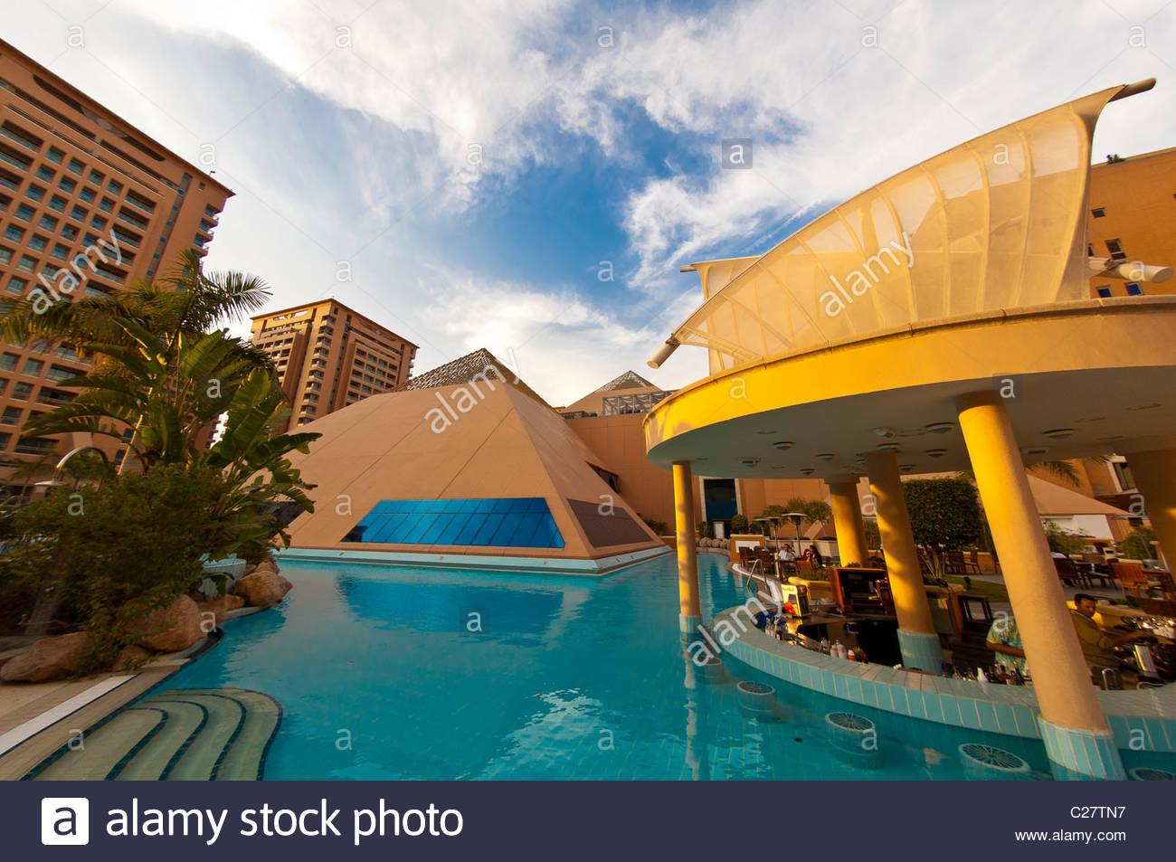Intercontinental hotel egypt stock photos intercontinental hotel egypt stock images alamy for Stars swimming pool tacloban city