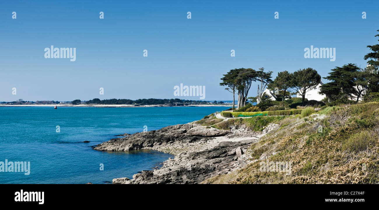 Headland, Port Navalo, Arzon, Presqu'île de Rhuys, Gulf of Morbihan, Brittany, France, Europe - Stock Image