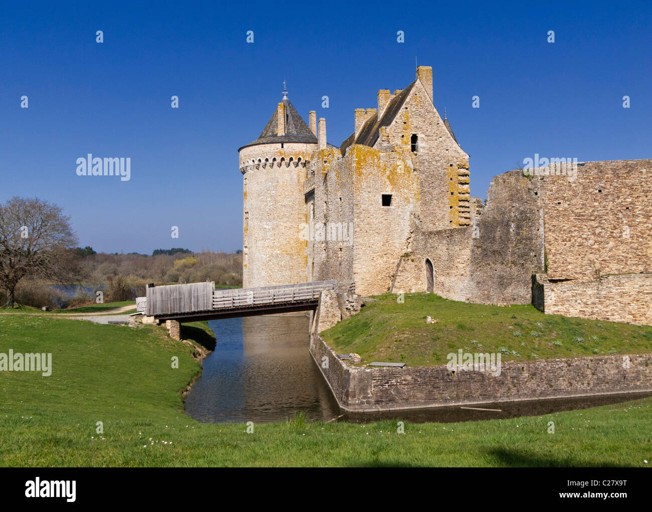 Chateau de Suscinio, Presqu'ile de Rhuys; Morbihan, Brittany, France, Europe - Stock Image