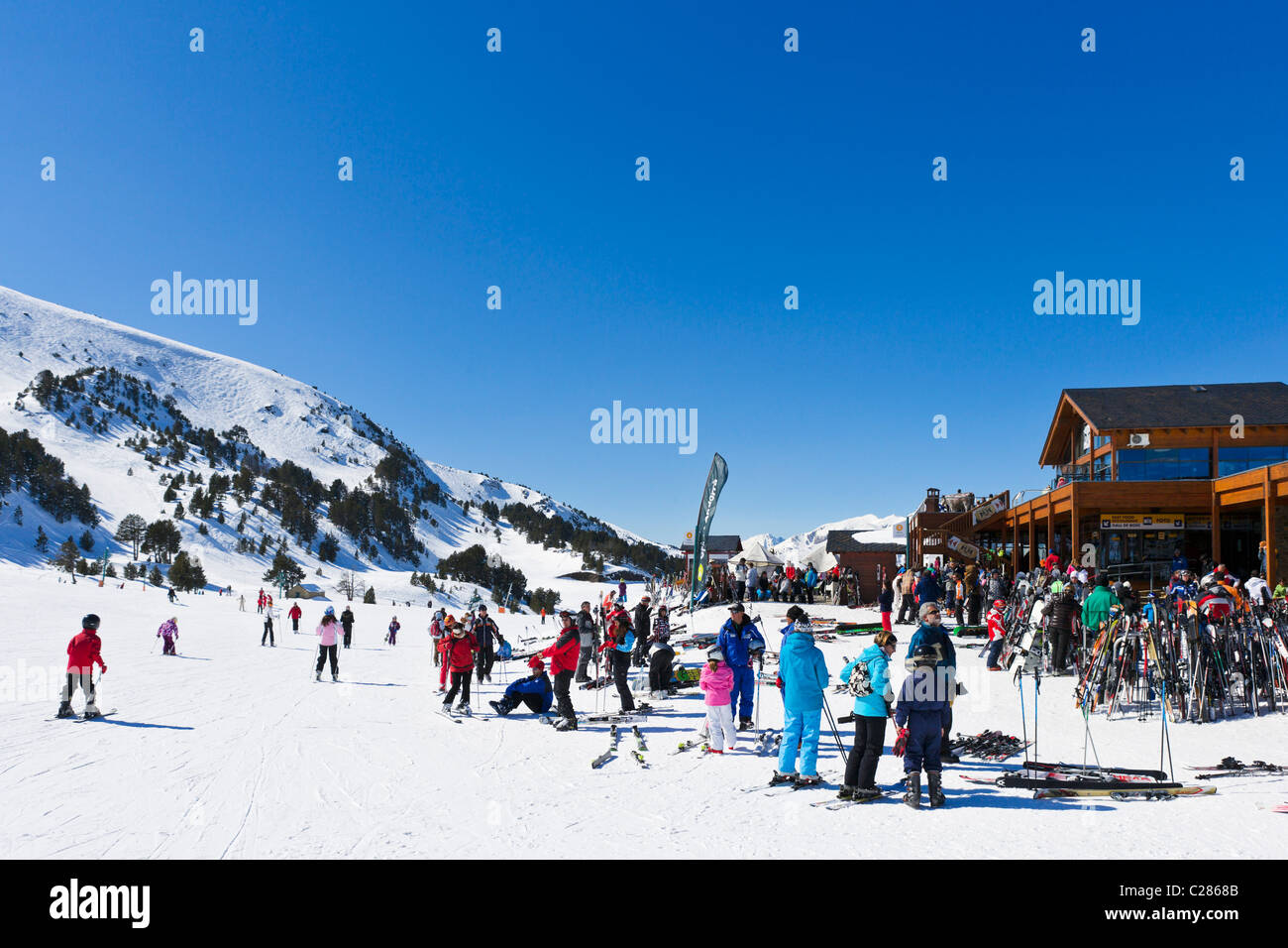 Bottom of the slopes in the Espiolets ski area, Soldeu, Grandvalira Region, Andorra - Stock Image