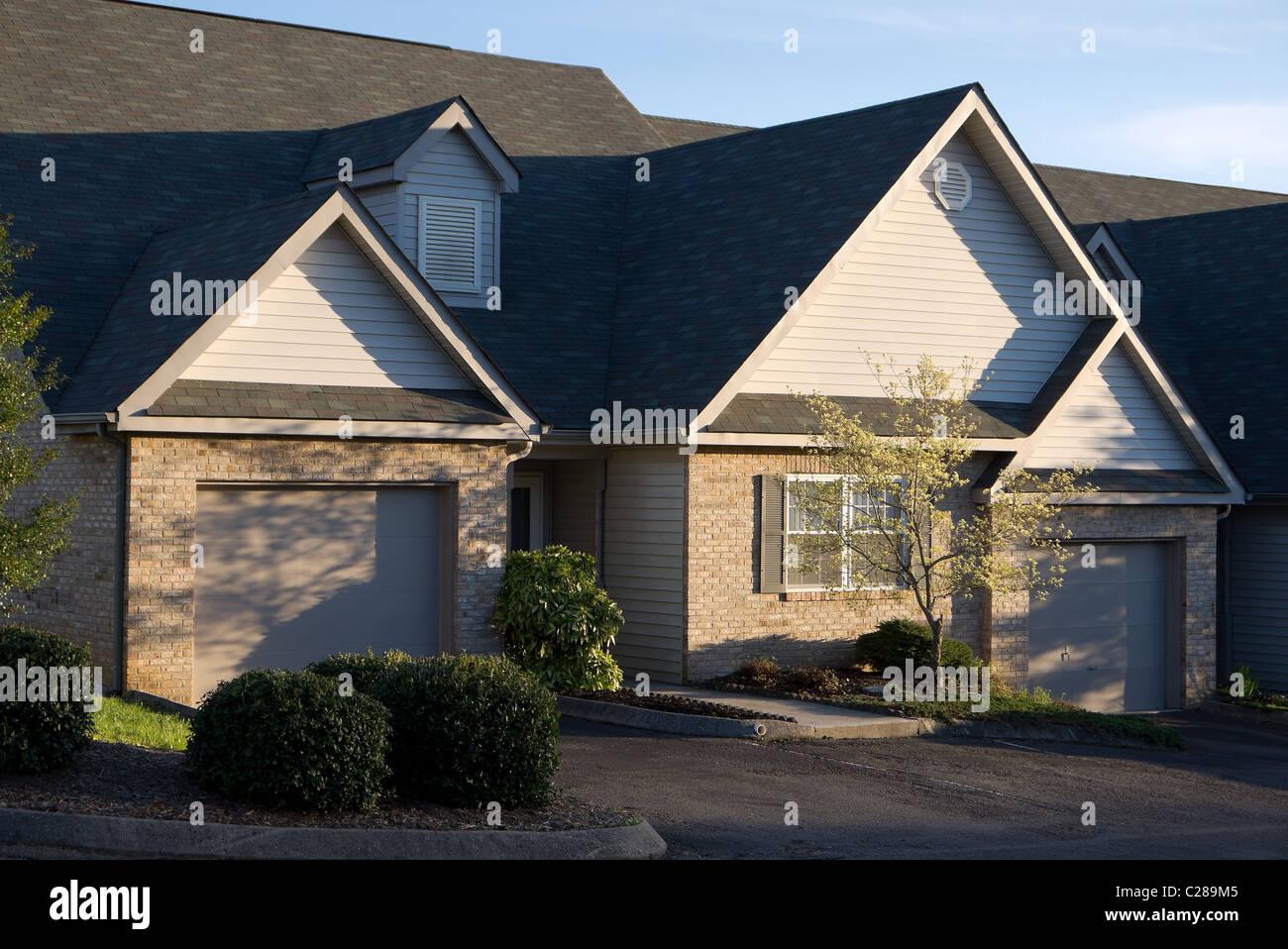 Quiet neighborhood with empty duplex housing - Stock Image
