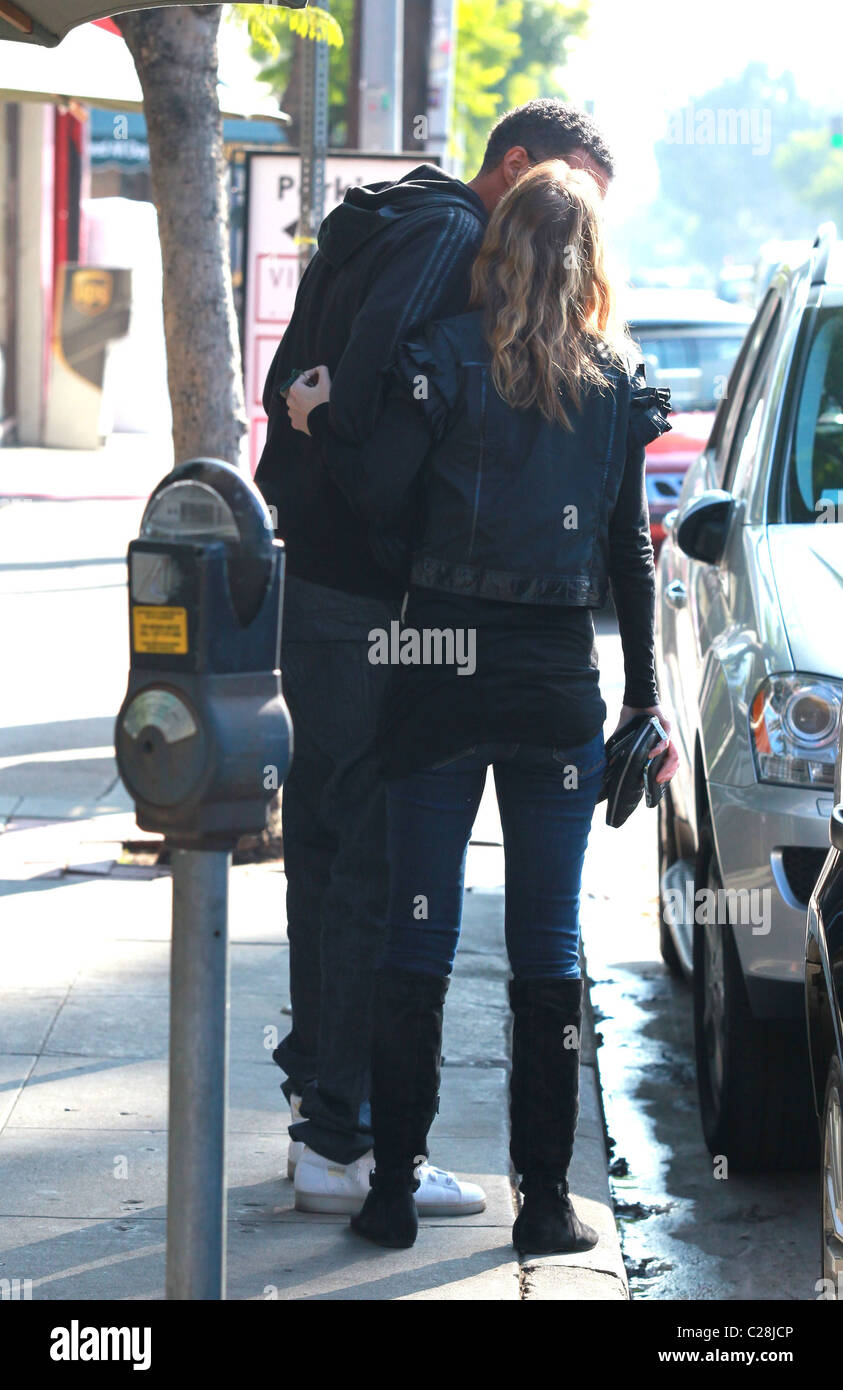 Ellen Pompeo Goes Shopping For Baby Clothes Los Angeles California