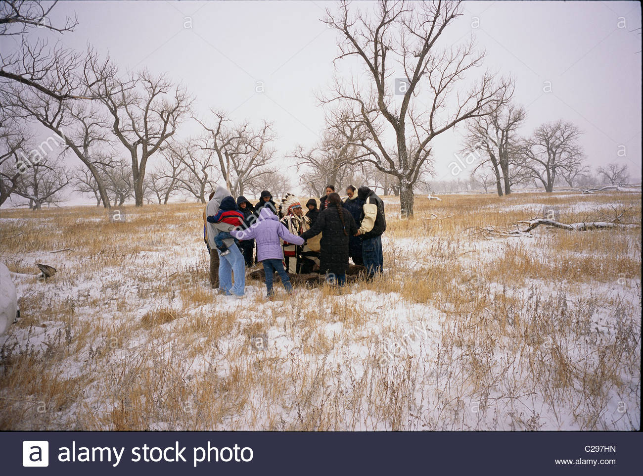 A Lakota Sioux Indian chief imparts moral teachings to his relatives. - Stock Image