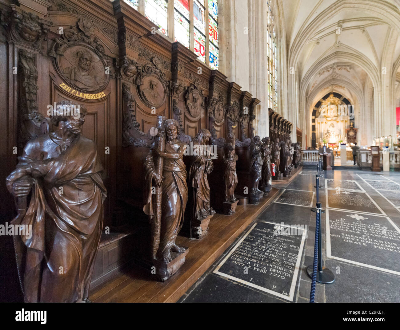 Oak carvings of the Twelve Apostles, Onze Lieve Vrouwekathedraal (Cathedral of Our Lady), Antwerp, Belgium - Stock Image