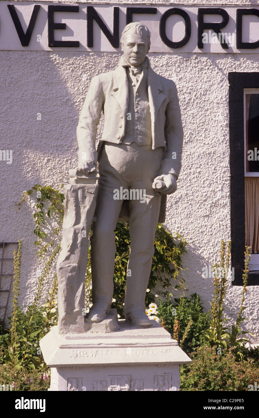 Clovenfords, Scotland. Statue to Sir Walter Scott Scottish novelist novelists carved stone figure figures statues - Stock Image