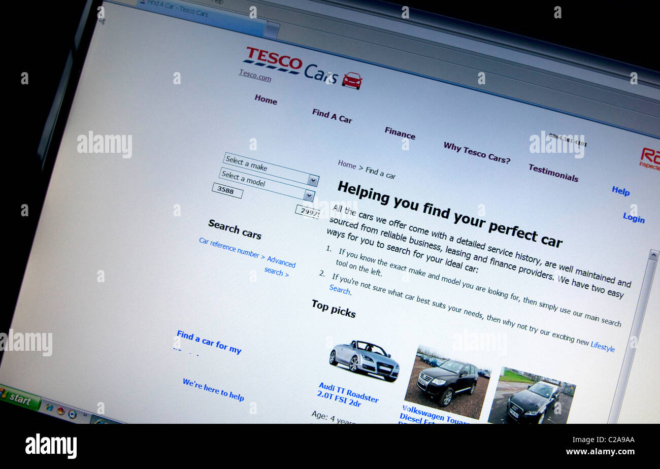 Tesco launches online sales of secondhand cars - Stock Image