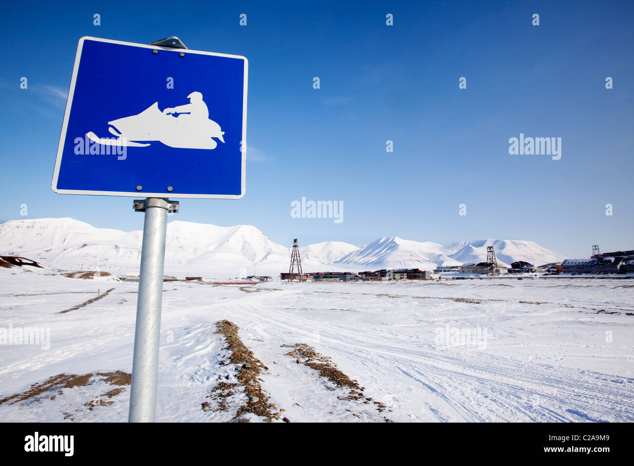A snowmobile trail sign in Longyearbyen, Svalbard, Norway - Stock Image