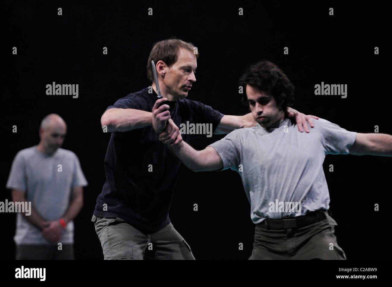 Systema with Martin Wheeler at Festival des Arts Martiaux de Bercy, Paris. - Stock Image