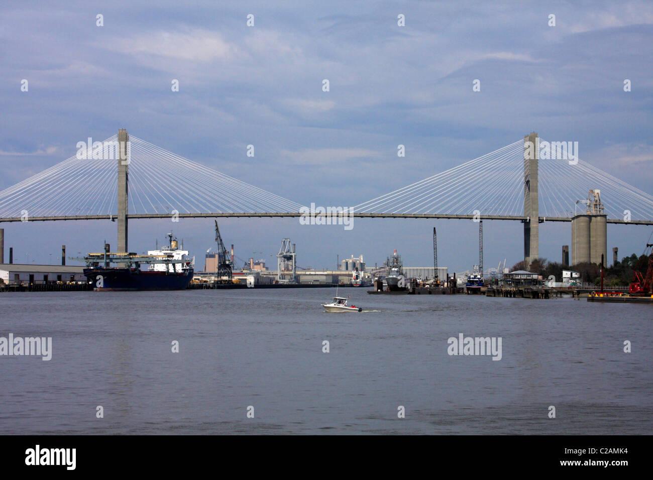 Talmadge Memorial Bridge, Savannah, Georgia, USA - Stock Image