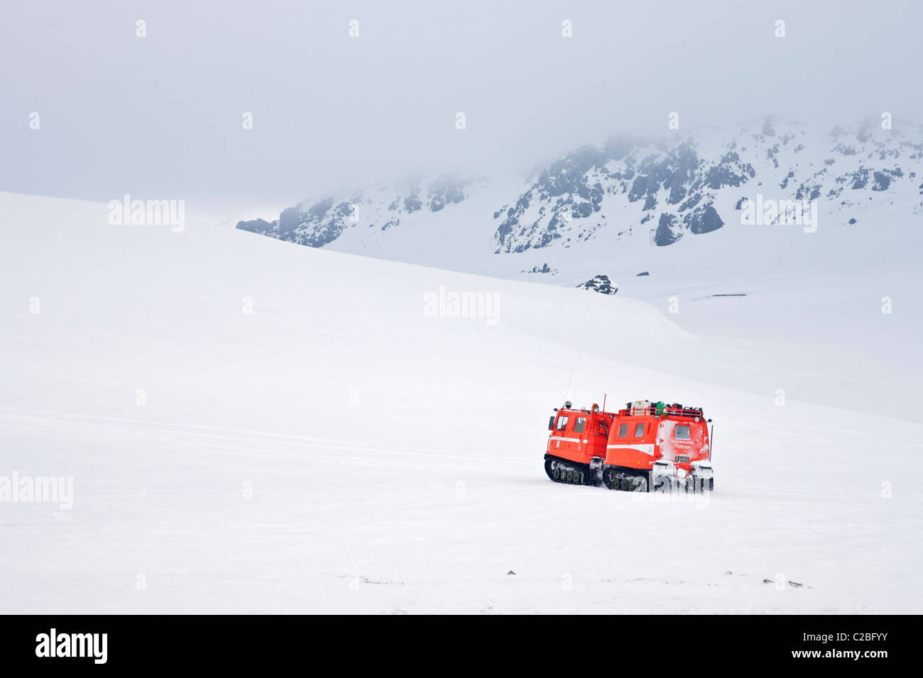 Snow mobile, Icelandic search and rescue - Stock Image
