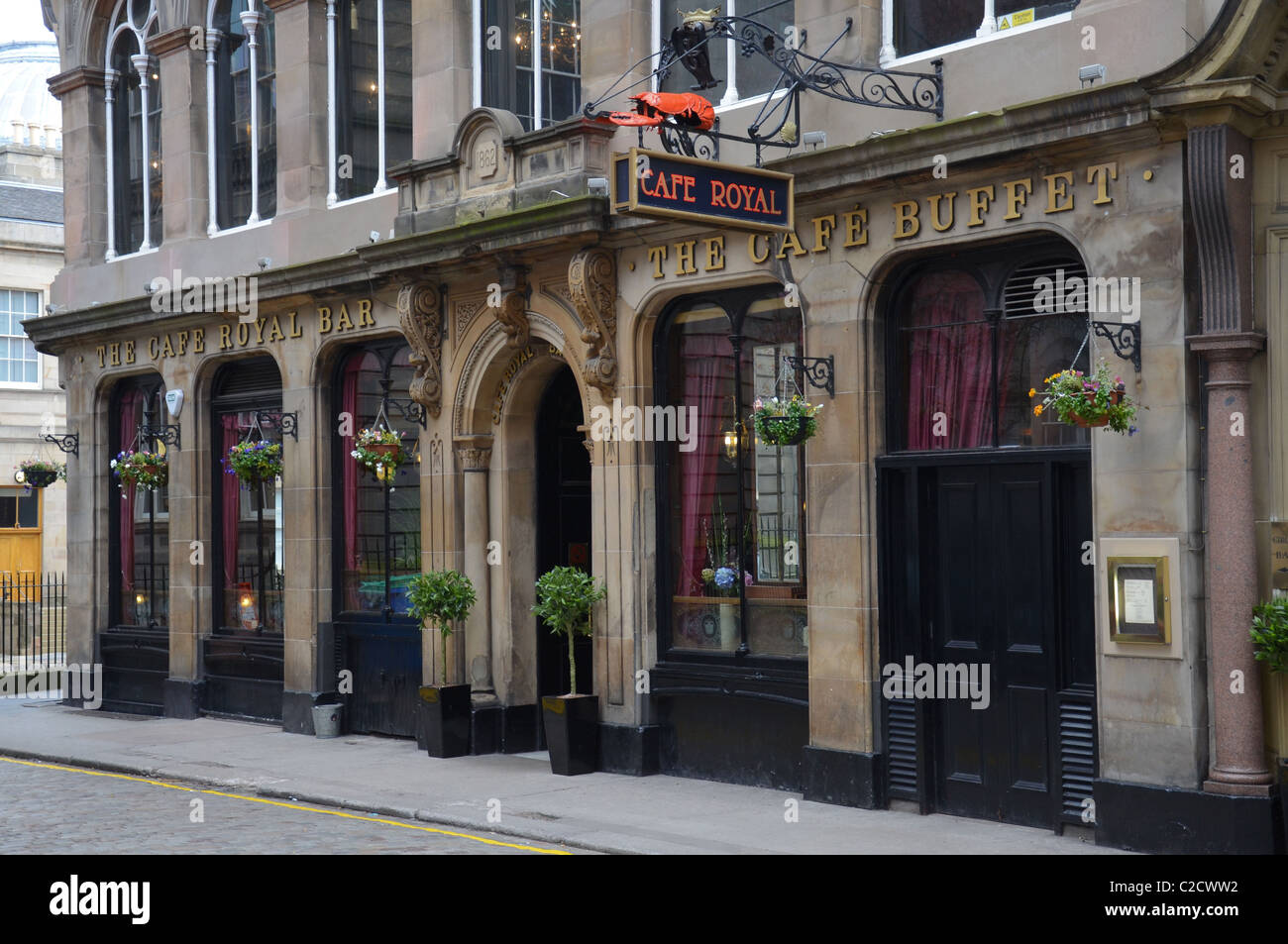 The Cafe Royal in West Register Street in Edinburgh, Scotland, UK. - Stock Image