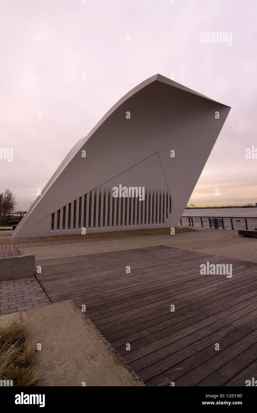 September 11th Memorial 'Postcards' on Staten Island in New York City - Stock Image