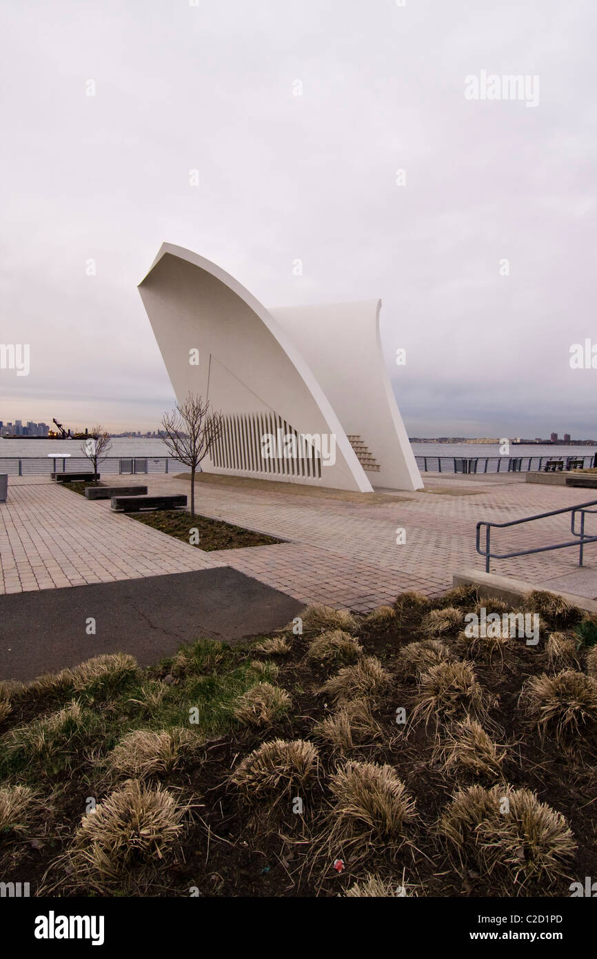 Sept 11th Memorial 'Postcards' on Staten Island in New York City - Stock Image