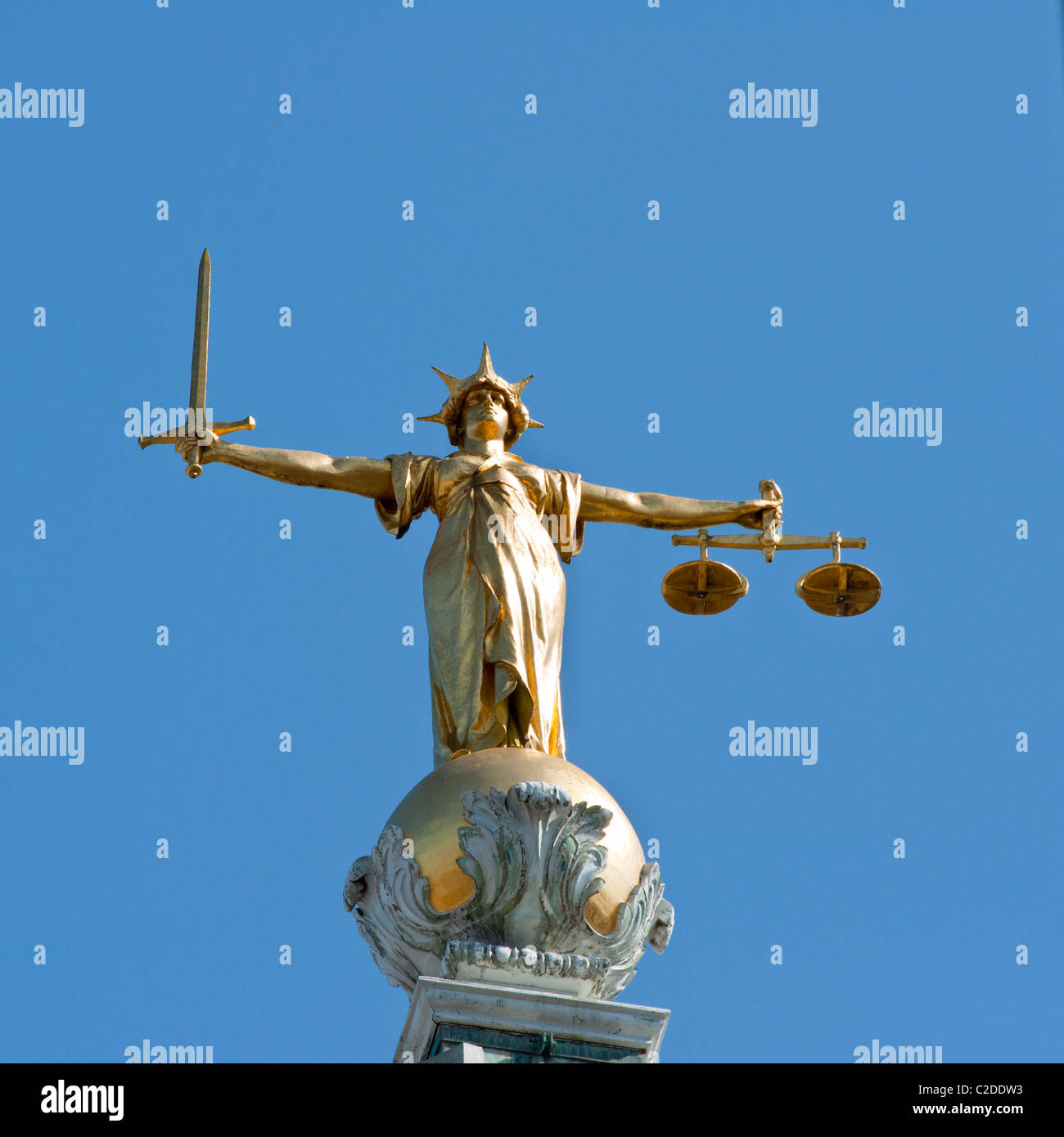 The Scales of Justice statue on the dome of the Old Bailey central criminal court. London. - Stock Image