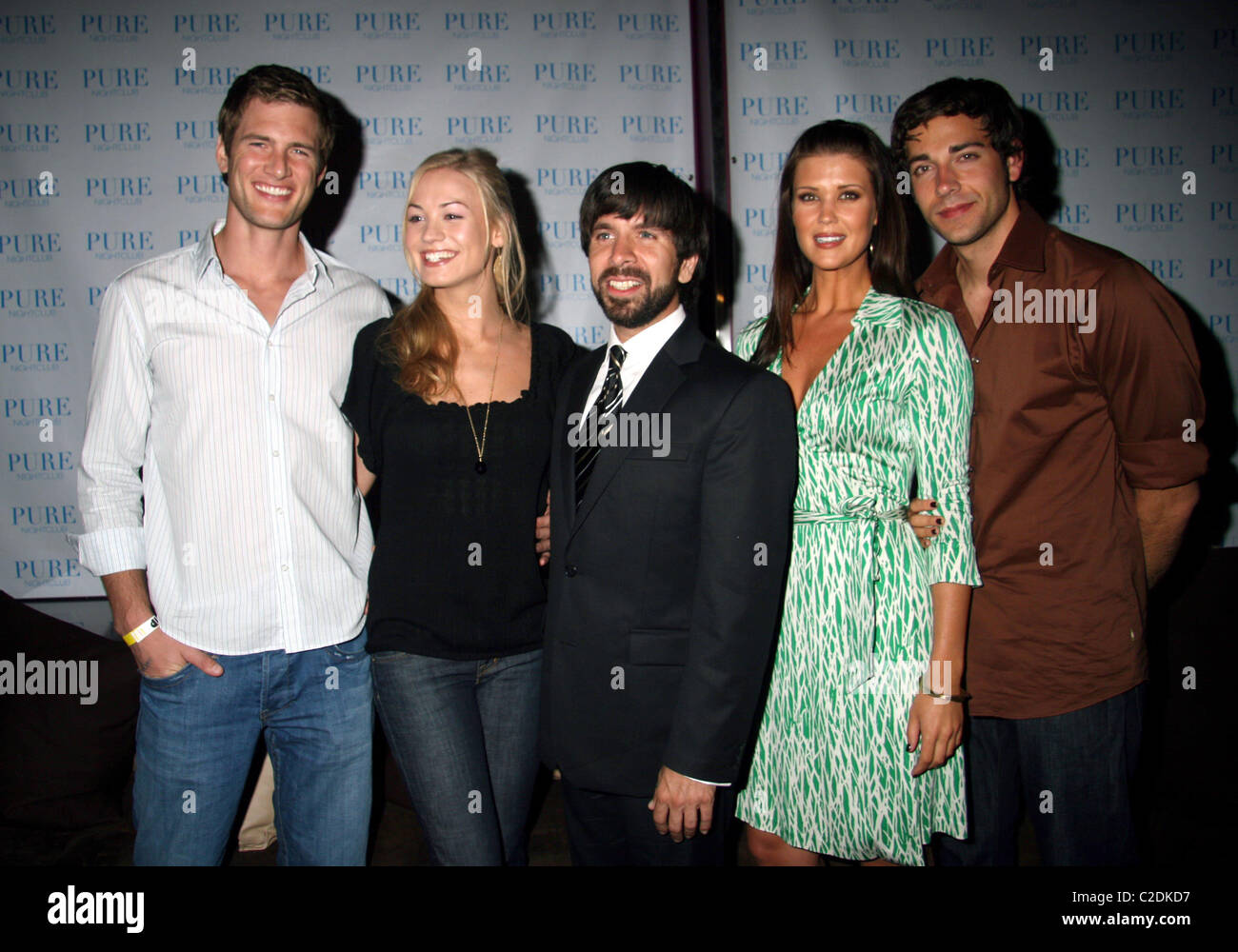 Ryan Mcpartlin Yvonne Strahovski Joshua Gomez Sarah Lancaster And Stock Photo Alamy I just at the end of the day, you. https www alamy com stock photo ryan mcpartlin yvonne strahovski joshua gomez sarah lancaster and 35950691 html