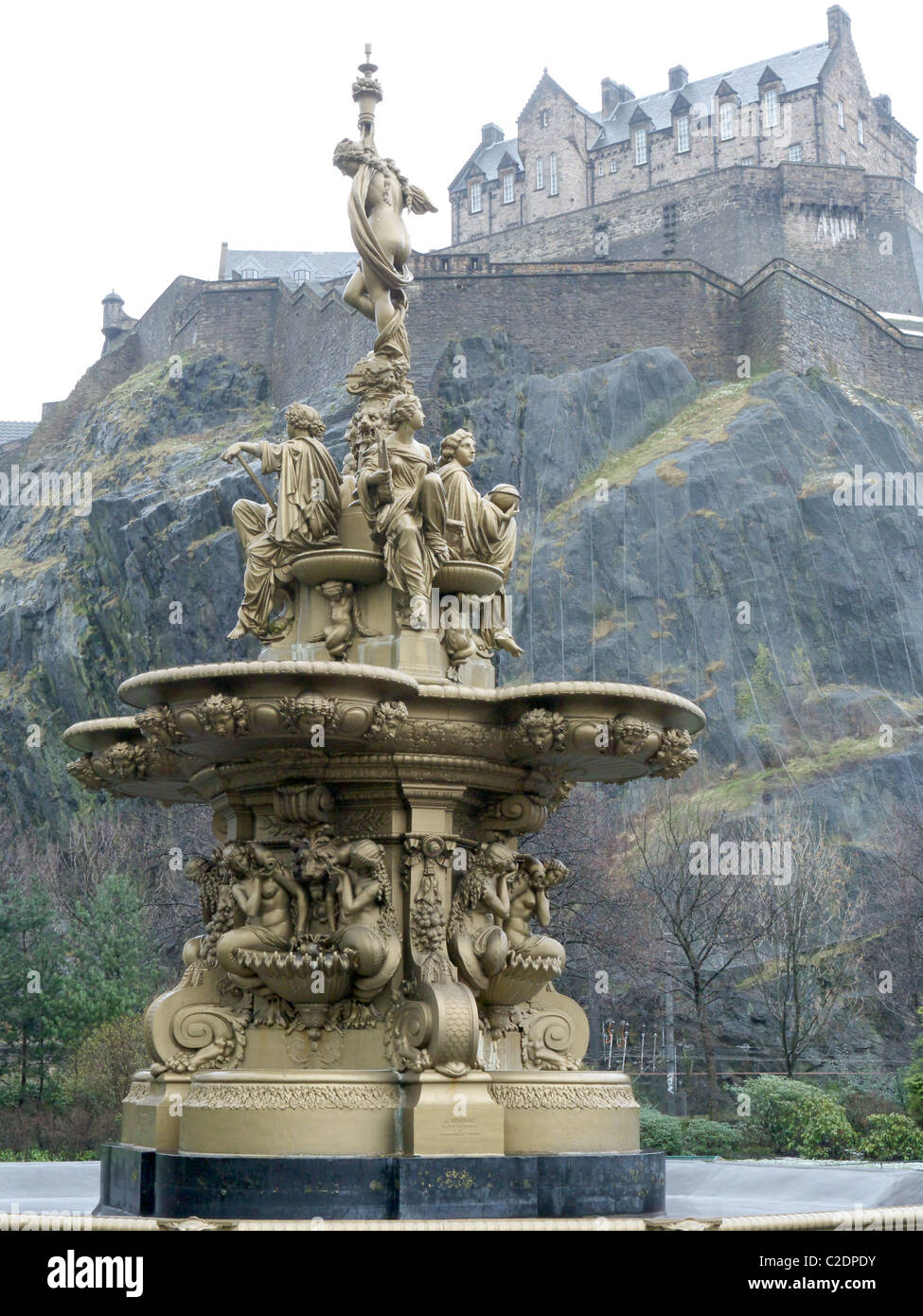 The Ross Fountain, Princes Street Gardens, Edinburgh, Scotland, UK.  St. John's and St. Cuthbert's churches - Stock Image
