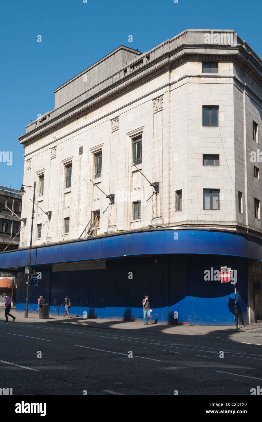 The Odeon  Cinema, Oxford St,Manchester.Opened as the Paramount in 1930.Closed in 2004, now awaiting demolition. - Stock Image