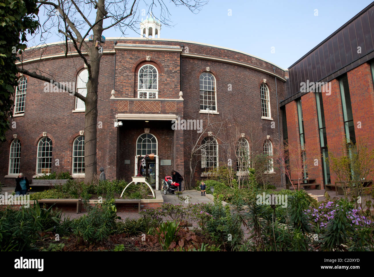 Bluecoat arts centre in Liverpool city centre - Stock Image